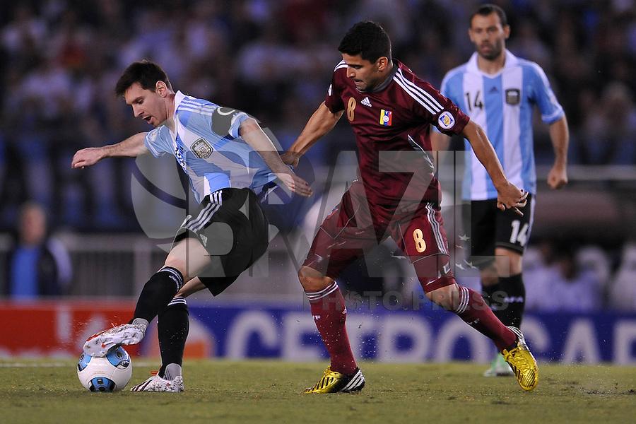 BUENOS AIRES, ARGENTINA, 22 MARÇO 2013 - COPA 2014 - ELIMINATORIAS SUL-AMERICANA - ARGENTINA X VENEZUELA - Lionel Messi (E) jogador da Argentina durante partida contra a Venezuela em partida pela 11 rodada das eliminatórias sul-americana para a Copa do Mundo de 2014 no Estádio Monumental de Núñes em Buenos Aires capital da Argentina, na noite desta sexta-feira, 22. (FOTO: JUANI RONCORONI / BRAZIL PHOTO PRESS).