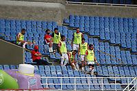 PEREIRA - COLOMBIA, 19-09-2020: Protocolos de bioseguridad durante partido por la fecha 9 de la Liga BetPlay DIMAYOR 2020 entre Deportivo Pereira e Independiente Santa Fe jugado en el estadio Hernán Ramírez Villegas de la ciudad de Pereira. / Biosafety protocols during match for the date 9 as part of BetPlay DIMAYOR League 2020 between Deportivo Pereira and Independiente Santa Fe played at the Hernan Ramirez Villegas stadium in Pereira city.  Photo: VizzorImage/ Jonh Jairo Bonilla / Cont