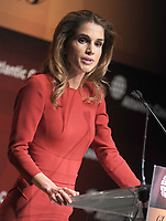 NEW YORK, NY - SEPTEMBER 26: Queen Rania of Jordan addresses the audience during the 2013 Global Citizen Awards Ceremony on September 26, 2013 in New York City<br /> <br /> <br /> People:  Queen Rania of Jordan<br /> <br /> Transmission Ref:  MNC1<br /> <br /> Must call if interested<br /> Michael Storms<br /> Storms Media Group Inc.<br /> 305-632-3400 - Cell<br /> 305-513-5783 - Fax<br /> MikeStorm@aol.com