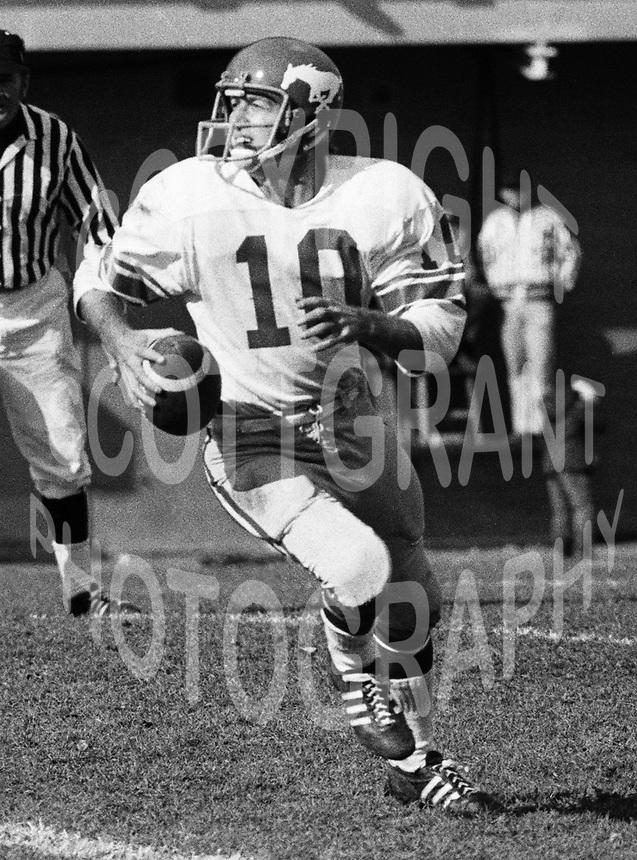 Jerry Keeling Calgary Stampeders quarterback 1972 Copyright photograph Scott Grant