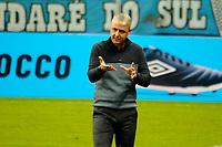 PORTO ALEGRE, RS, 09.05.2021 - GREMIO - CAXIAS - O técnico Thiago Nunes, da equipe do Grêmio, na partida entre Grêmio e Caxias, válida pela semi final do Campeonato Gaúcho 2021, no estádio Arena do Grêmio, em Porto Alegre, neste domingo (9).