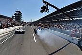 Verizon IndyCar Series<br /> Indianapolis 500 Carb Day<br /> Indianapolis Motor Speedway, Indianapolis, IN USA<br /> Friday 26 May 2017<br /> Will Power, Team Penske Chevrolet, James Hinchcliffe, Schmidt Peterson Motorsports Honda during the pit stop competition <br /> World Copyright: Scott R LePage<br /> LAT Images<br /> ref: Digital Image lepage-170526-indy-9894