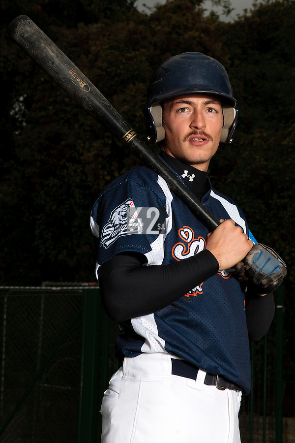 23 October 2010: Romain Scott-Martinez of Savigny is seen prior to Savigny 8-7 win (in 12 innings) over Rouen, during game 3 of the French championship finals, in Rouen, France.