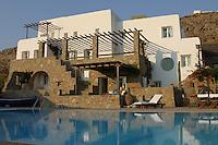 villa's luxury swimming pool