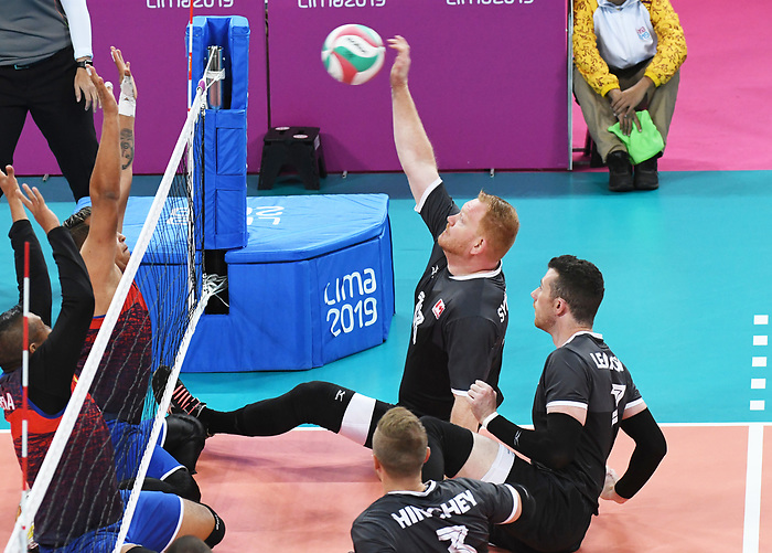 Darek Symonowics and Doug Learoyd, Lima 2019 - Sitting Volleyball // Volleyball assis.<br /> Canada competes in men's Sitting Volleyball // Canada participe au volleyball assis masculin. 24/08/2019.