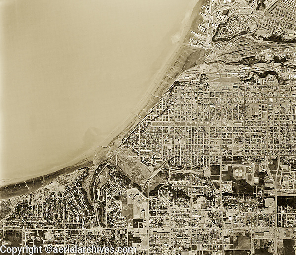 historical aerial photo map of Anchorage, Alaska, 1972