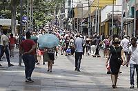 Campinas (SP), 30/11/2020 - Covid-19 - Movimentacao intensa no centro da cidade de Campinas, interior de Sao Paulo, nesta segunda-feira (30). O governador Joao Doria apresenta no Palacio dos Bandeirantes, informacoes sobre o combate ao coronavirus (COVID-19). (Foto: Denny Cesare/Codigo 19/Codigo 19)
