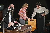 """Probe des Theaterstueck """"ROSA- UND DIE FREIHEIT DER ANDERSDENKENDEN"""" der Dramaturgin Barbara Kastner.<br /> Regie: Anja Panse.<br /> Darsteller:<br /> Rosa Luxemburg: Susanne Jansen.<br /> Ernst Julius Waldemar Pabst, Kaiser Wilhelm III, u.a.: Lutz Wessel.<br /> Leutnant, Bundesverteidigungsminsiterin, u.a.: Arne van Dorsten.<br /> Musikerin, Sophie Lieberknecht: Annegret Enderle.<br /> 22.5.2017, Berlin<br /> Copyright: Christian-Ditsch.de<br /> [Inhaltsveraendernde Manipulation des Fotos nur nach ausdruecklicher Genehmigung des Fotografen. Vereinbarungen ueber Abtretung von Persoenlichkeitsrechten/Model Release der abgebildeten Person/Personen liegen nicht vor. NO MODEL RELEASE! Nur fuer Redaktionelle Zwecke. Don't publish without copyright Christian-Ditsch.de, Veroeffentlichung nur mit Fotografennennung, sowie gegen Honorar, MwSt. und Beleg. Konto: I N G - D i B a, IBAN DE58500105175400192269, BIC INGDDEFFXXX, Kontakt: post@christian-ditsch.de<br /> Bei der Bearbeitung der Dateiinformationen darf die Urheberkennzeichnung in den EXIF- und  IPTC-Daten nicht entfernt werden, diese sind in digitalen Medien nach §95c UrhG rechtlich geschuetzt. Der Urhebervermerk wird gemaess §13 UrhG verlangt.]"""