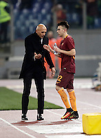 Calcio, Serie A: Roma vs ChievoVerona. Roma, stadio Olimpico, 22 settembre 2016.<br /> Roma's Stephan El Shaarawy, right, is congratulated by coach Luciano Spalletti after scoring on a free kick during the Italian Serie A football match between Roma and Chievo Verona, at Rome's Olympic stadium, 22 December 2016.<br /> UPDATE IMAGES PRESS/Isabella Bonotto