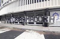 Campinas (SP), 24/05/2021 - Ponte Preta-SP - Torcedores da Ponte Preta protestam nesta segunda-feira (24), com faixas em frente ao estádio Moises Lucarelli contra a diretoria e o presidente Sebastião Arcanjo, o Tiãozinho, que ainda não definiu o novo treinador da equipe.