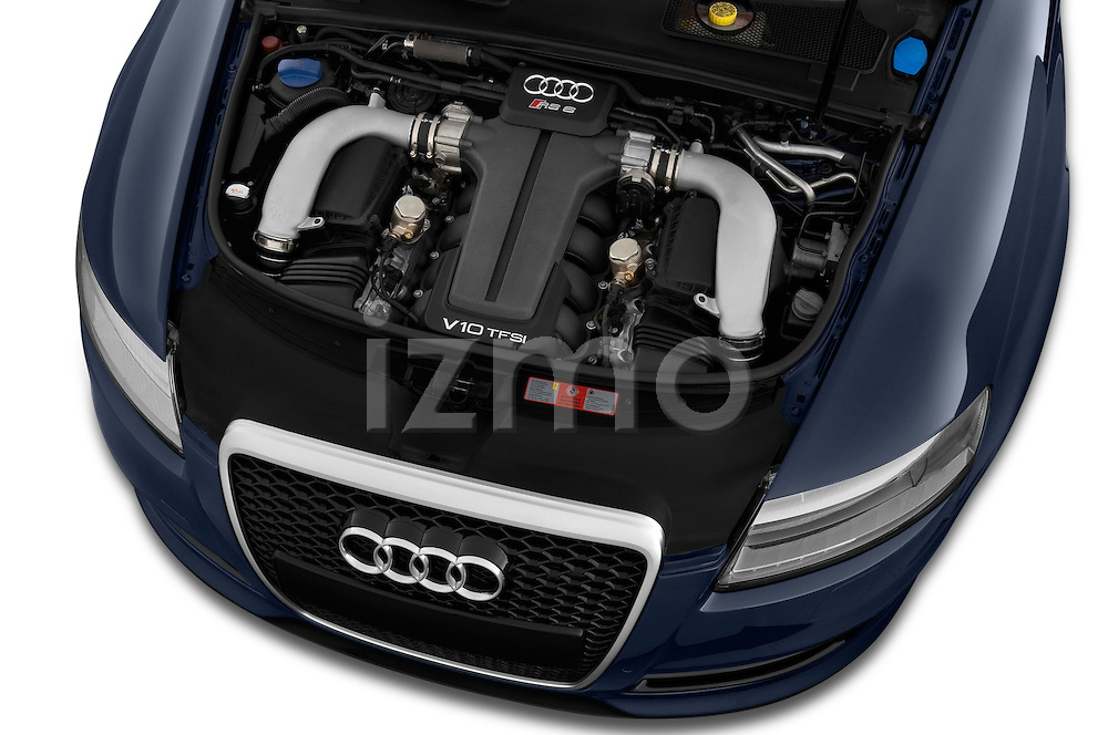 High angle engine detail of a 2008 - 2013 Audi RS6 5 Door Wagon 4WD.