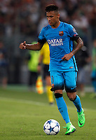 Calcio, Champions League, Gruppo E: Roma vs Barcellona. Roma, stadio Olimpico, 16 settembre 2015.<br /> FC Barcelona's Neymar in action during a Champions League, Group E football match between Roma and FC Barcelona, at Rome's Olympic stadium, 16 September 2015.<br /> UPDATE IMAGES PRESS/Riccardo De Luca<br /> <br /> *** ITALY AND GERMANY OUT ***