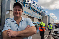The United campaign Against Police Violence organises a leafletting at Millwall football ground. Millwall Fan Ian Thomlinson had been killed by Police action at the G20 protests a few weeks earlier. They were joined by RMT leader and life long Millwall fan Bob Crow.