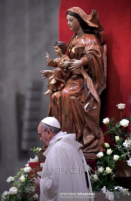 Pope Francis Mass presentation of Our Lord at St Peter's basilica the Vatican. Febraury 2,2015