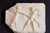 Italien, Ischia, Museum Villa Arbusto in Lacco Ameno, griechisch-römisches Relief