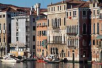 Canal Grande bei  Rialtobrücke, Venedig,  Venetien, Italien, Unesco-Weltkulturerbe