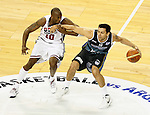 USA's Kobe Bryant (l) and Argentina's Carlos Delfino during friendly match.July 22,2012. (ALTERPHOTOS/Acero)