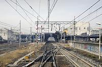- Linea ferroviaria Domodossola-Milano, stazione di Milano Certosa<br /> <br /> - Domodossola-Milan railway line, Milan Certosa station
