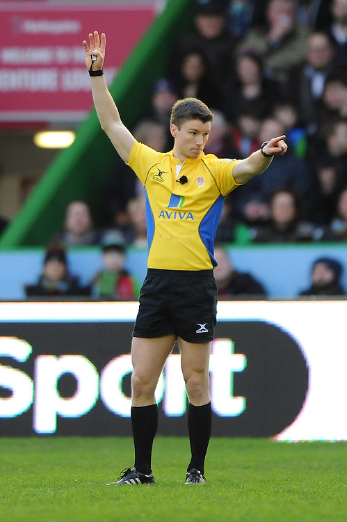 Referee Craig Maxwell-Keys during the Premiership Rugby match between Harlequins and Saracens - 09/01/2016 - Twickenham Stoop, London<br /> Mandatory Credit: Rob Munro/Stewart Communications