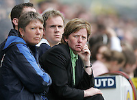 Arsenal vs Leeds United - Womens FA Cup Final at Millwall Football Club - 01/05/06 - The Leeds bench look resigned to defeat - (Gavin Ellis 2006)