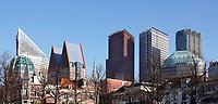 Nederland Den Haag - 2020. Het Plein in Den haag. Op de achtergrond de hoogbouw rond Centraal Station. In de torens zijn oa ministeries gevestigd. Foto Berlinda van Dam / Hollandse Hoogte
