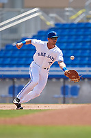Dunedin Blue Jays first baseman Nash Knight (35) fields a ball during a game against the Daytona Tortugas on April 22, 2018 at Dunedin Stadium in Dunedin, Florida.  Daytona defeated Dunedin 5-1.  (Mike Janes/Four Seam Images)