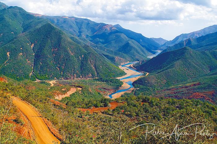 Vallée de la Tontouta