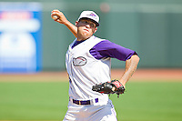 Relief pitcher Brandon Kloess #28 of the Winston-Salem Dash in action against the Wilmington Blue Rocks at BB&T Ballpark on April 24, 2011 in Winston-Salem, North Carolina.   Photo by Brian Westerholt / Four Seam Images