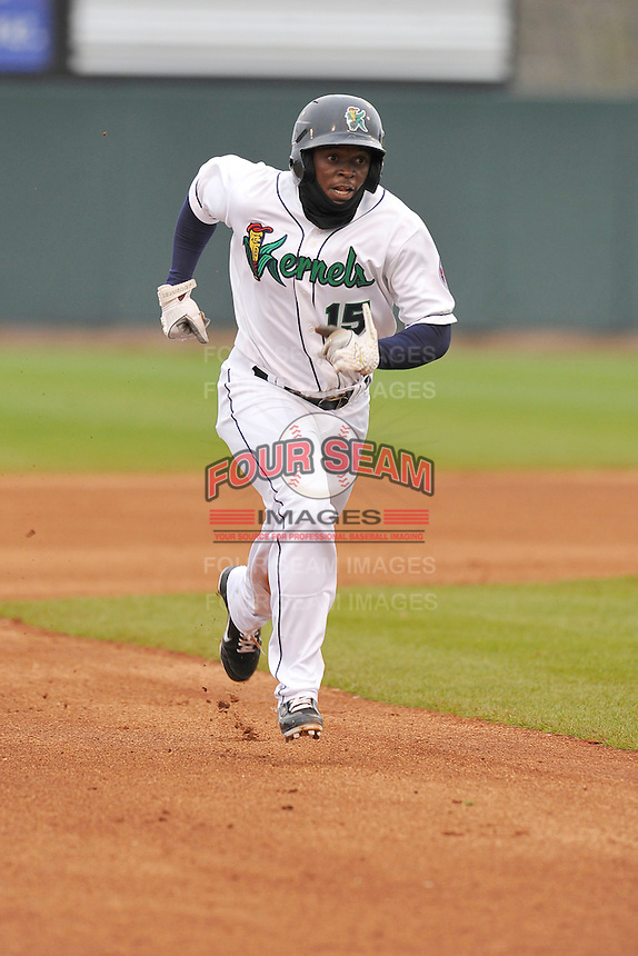 Ivory Thomas #15 of the Cedar Rapids Kernels runs to third base against the Kane County Cougars at Perfect Game Field on May 1, 2014 in Cedar Rapids, Iowa. The Kernels won 5-2.   (Dennis Hubbard/Four Seam Images)