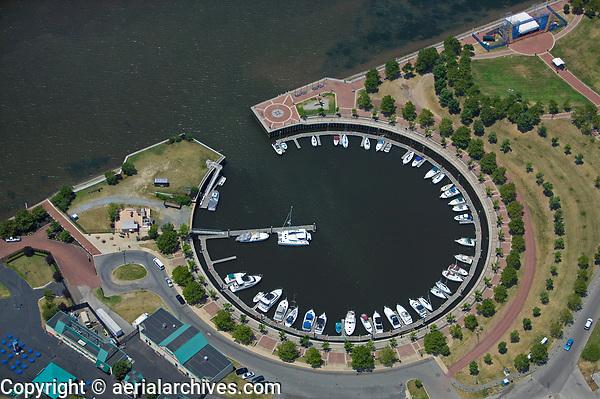 aerial photograph of Wiggens Park Marina, Delaware river, Camden, NJ