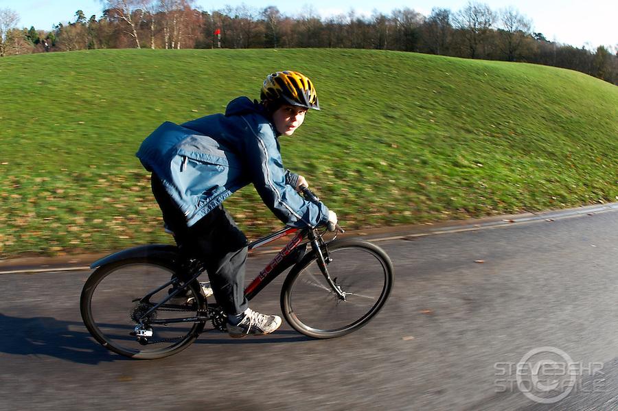 Bike Ride round Virginia Water Lake..Surrey , December 2009..pic copryight Steve Behr / Stockfile