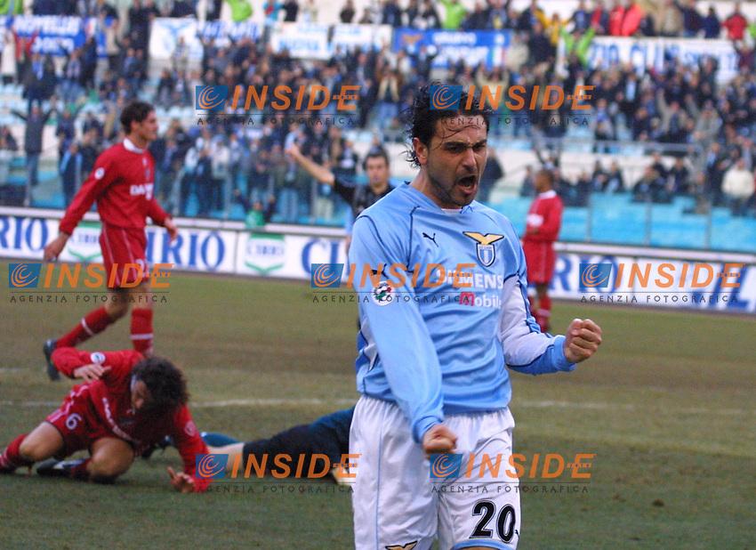 Roma 20 Gennaio 2002<br /> Lazio Perugia 5-0<br /> Stefano Fiore esulta dopo il tezo gol.