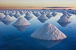 Bolivia, Altiplano, Salar de Uyuni; Salar de Uyuni is the world's largest salt flat