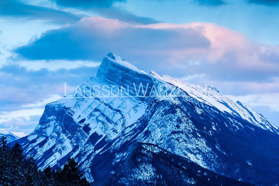 Mountains at sunset inside Banff National Park, Alberta, Canada