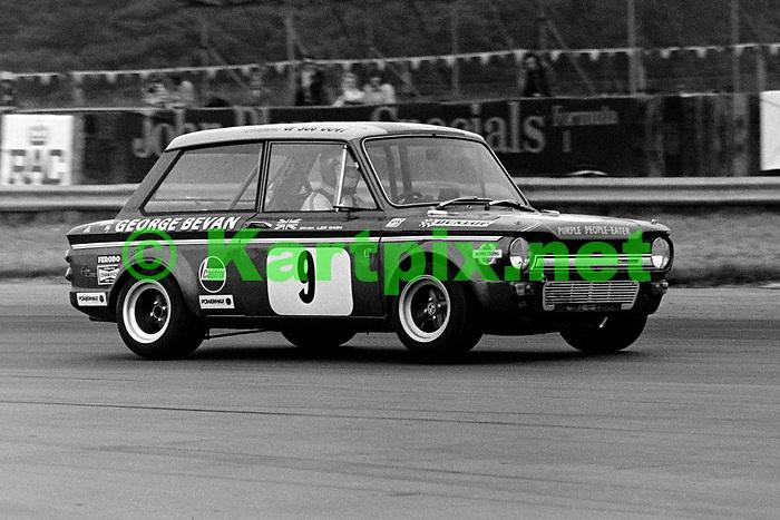 Les Nash, 1973 John Player British Grand Prix support race.