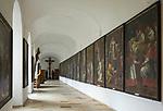 Oesterreich, Oberoesterreich, Wilhering: Zisterzienser-Stift Wilhering, Stiftskirche, Kreuzgang | Austria, Upper Austria, Wilhering: Cistercian Abbey Wilhering, collegiate church, cloister
