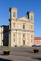 Barocke Fredrikskyrkan (Friedrichskirche) am  Stortorget in Karlskrona, Provinz Blekinge, Schweden, Europa, UNESCO-Weltkulturerbe<br /> Baroque Fredrikskyrkan  in Karlskrona, Province Blekinge, Sweden