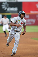 Estarlin De Los Santos (15) of the Ft. Myers Miracle during a game vs. the Brevard County Manatees May 29 2010 at Space Coast Stadium in Viera, Florida. Ft. Myers won the game against Jupiter by the score of 3-2. Photo By Scott Jontes/Four Seam Images