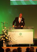 Bericht von Schatzmeister Heinrich Schmidhuber<br /> 39. Ordentlicher DFB-Bundestag in der Rheingoldhalle<br /> *** Local Caption *** Foto ist honorarpflichtig! zzgl. gesetzl. MwSt. Es gelten ausschließlich unsere unter <br /> <br /> Auf Anfrage in hoeherer Qualitaet/Aufloesung. Belegexemplar an: Marc Schueler, Am Ziegelfalltor 4, 64625 Bensheim, Tel. +49 (0) 6251 86 96 134, www.gameday-mediaservices.de. Email: marc.schueler@gameday-mediaservices.de, Bankverbindung: Volksbank Bergstrasse, Kto.: 151297, BLZ: 50960101