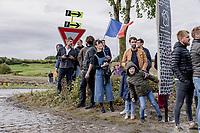 roadside fans<br /> <br /> 118th Paris-Roubaix 2021 (1.UWT)<br /> One day race from Compiègne to Roubaix (FRA) (257.7km)<br /> <br /> ©kramon
