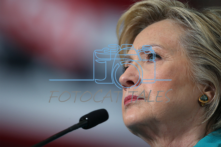 Democratic presidential nominee Hillary Clinton stumps in Reno, Nev., on Thursday, Aug. 25, 2016. Cathleen Allison/Las Vegas Review-Journal