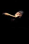 SOLOS<br /> <br /> Chorégraphie : Kaori Ito<br /> Interprète : Kaori Ito<br /> Musique : Guillaume Perret<br /> Lumières : Christophe Grelié<br /> Scénographie : Christophe Grelié et Kaori Ito<br /> Costumes : Kaori Ito<br /> Conseil artistique : Gabriel Wong<br /> Le 24/09/2012..Biennale de Lyon 2012<br /> Théâtre de la Renaissance - Oullins<br /> © Laurent Paillier / photosdedanse.com