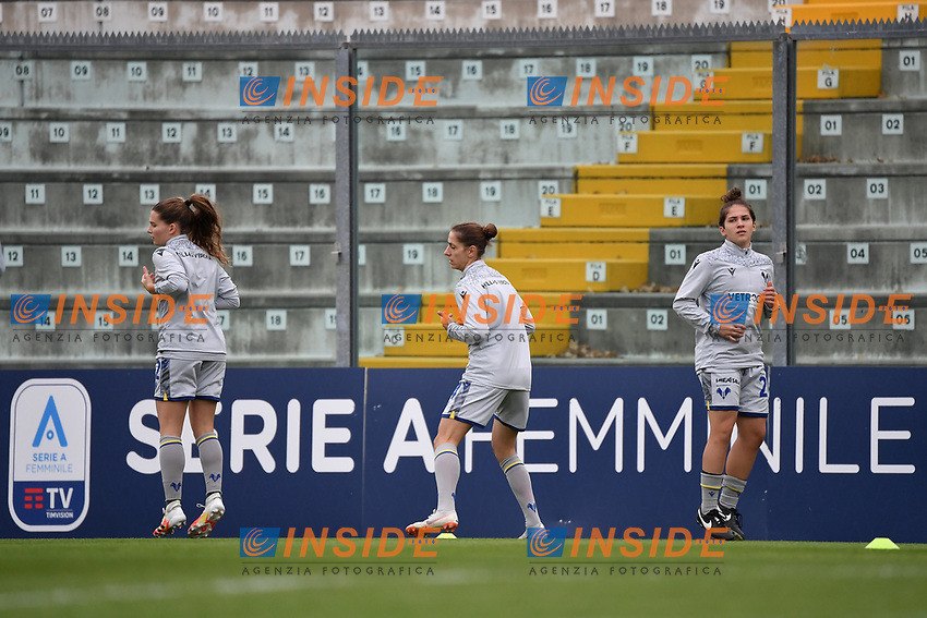 Hellas Verona players warm up in front of a Serie A femminile banner during the women Serie A football match between US Sassuolo and Hellas Verona at Enzo Ricci stadium in Sassuolo (Italy), November 15th, 2020. Photo Andrea Staccioli / Insidefoto