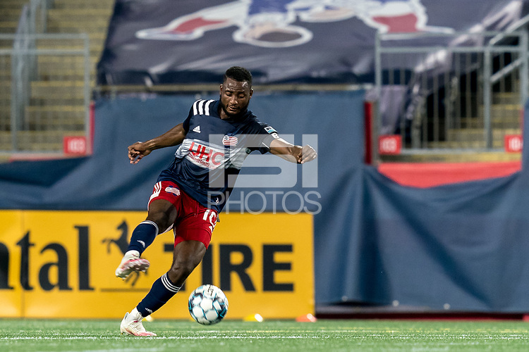 FOXBOROUGH, MA - SEPTEMBER 09: Mayele Malango #10 of New England Revolution II controls the ball during a game between Chattanooga Red Wolves SC and New England Revolution II at Gillette Stadium on September 09, 2020 in Foxborough, Massachusetts.