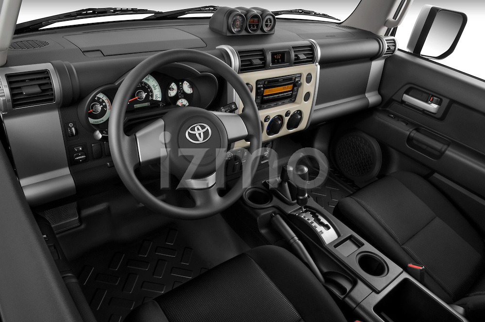 High angle dashboard view of a 2008 Toyota FJ Cruiser