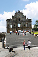 Rua de Sao Paulo, the façade of a 17th century Christian cathedral, which is all that remains ever since a disastrous fire in 1835..18 Nov 2006