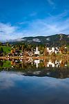 Oesterreich, Salzburger Land, Goldegg im Pongau: mit Badesee und Schloss Goldegg | Austria, Salzburger Land, Goldegg im Pongau: with lake and Castle Goldegg