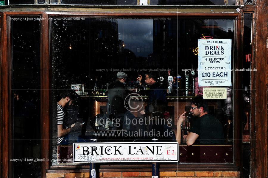 GREAT BRITAIN, London, Pub Casa Blue in Brick Lane Area / GROSSBRITANNIEN, London, Pub Casa Blue in Brick Lane Area