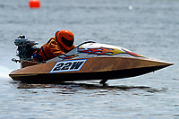22-W   (Outboard Runabouts)