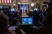Television monitors displays the Pennsylvania Democratic senatorial candidate Pennsylvania State Treasurer Bob Casey, left, and  incumbent U.S. Senator Rick Santorum R-Pa, right, during their televised debate from the National Constitution Center Monday, Oct. 16, 2006 in Philadelphia. Bradley C Bower/Bloomberg News